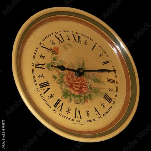 Fototapety, obrazy: horloge murale sur fond noir