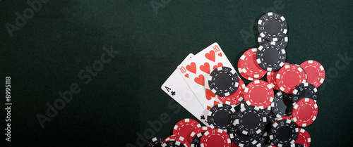 Fotografia Casino chips and texas holdem poker cards. Vegas concept