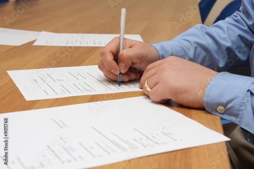 Fototapeta Vertrag - Umfrage ausfüllen obraz