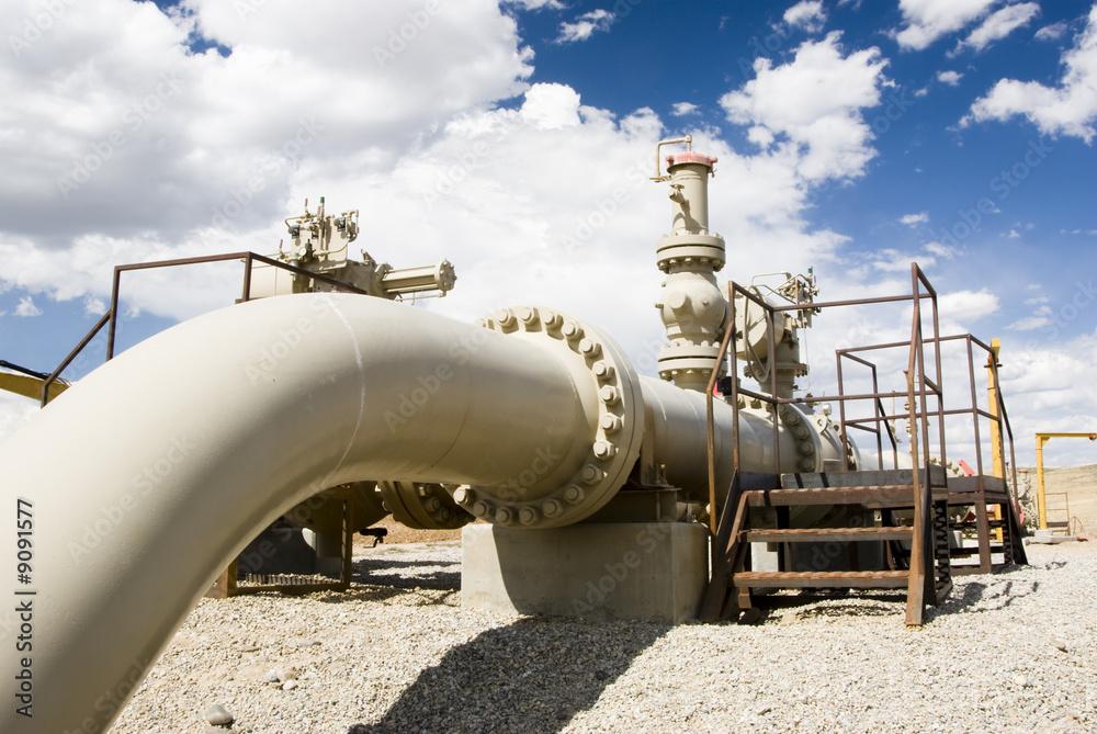 Fototapety, obrazy: Gas pipeline in Wyoming