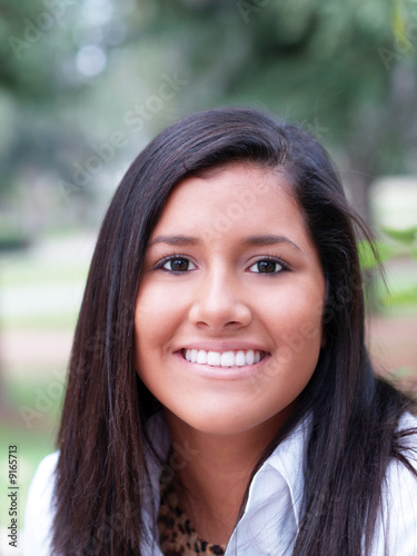 Fototapety, obrazy: Young teen latina girl outdoor portrait