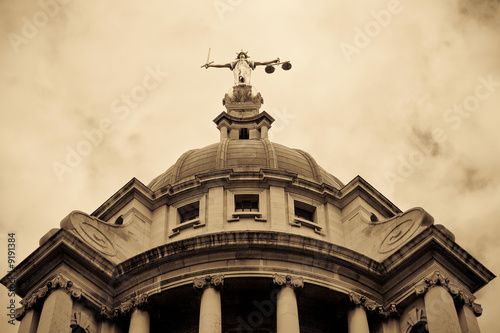 фотография  Criminal Courts, London UK