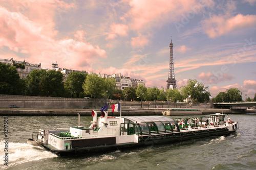 Fotografie, Obraz  Paris - Bateau mouche