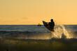 Surfing a contraluz en Hossegor