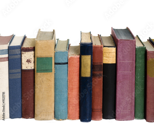 Photo Row of books on a shelf