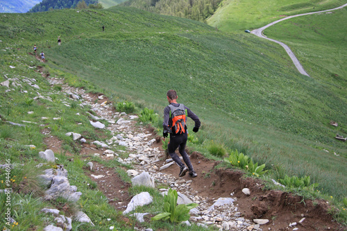 Poster Ezel Course en montagne