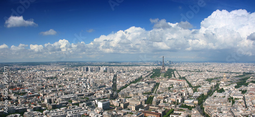 Photo  Paris aerial panoramic view from Montparnasse tower.