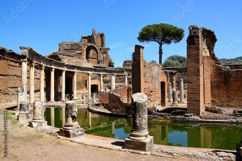 Fototapeta The Hadrian's Villa (Villa Adriana in Italian) near Rome