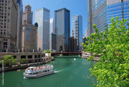 La pose en embrasure Chicago Chicago River