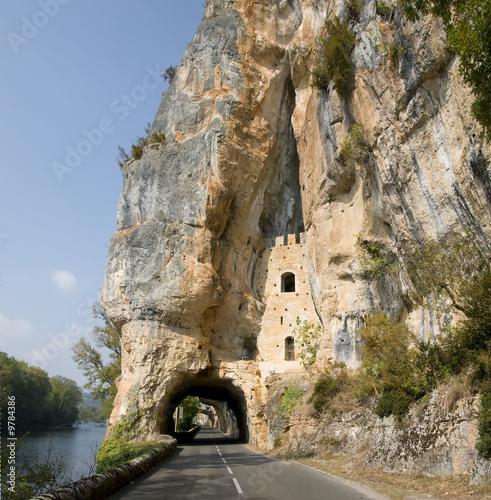 Dekoracja na wymiar tunel-drogowy