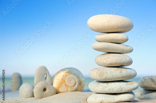 Doppelrollo mit Motiv - Stones on a beach in the morning