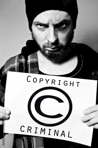 Valokuva Man arrested for violating copyright laws