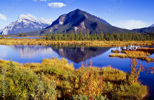 Foto auf Gartenposter Reflexion Vermillion Lakes in Banff nationalpark