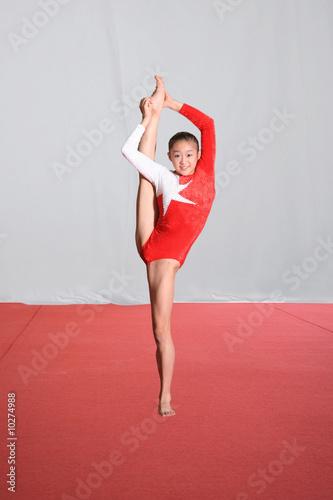 Cuadros en Lienzo  girl in gymnastics poses