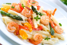Shrimp Penne With Asparagus, Bell Pepper, Origan And Creamy