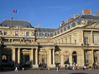 Fototapeta na wymiar conseil d'etat à paris