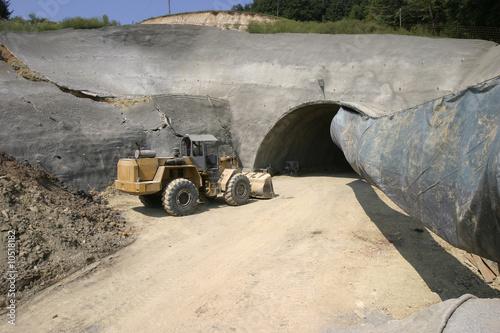 Papiers peints Tunnel tunnel entrance on construction site