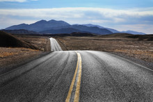 Desert Highway, Death Valley N...