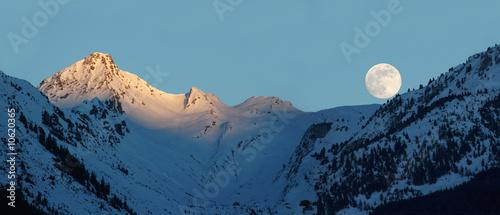 Poster Pleine lune Moonrise in Alps