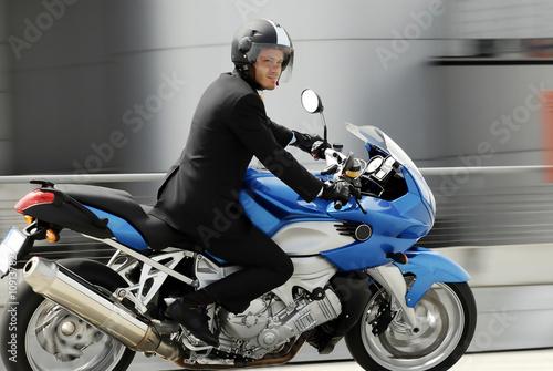Valokuvatapetti biker