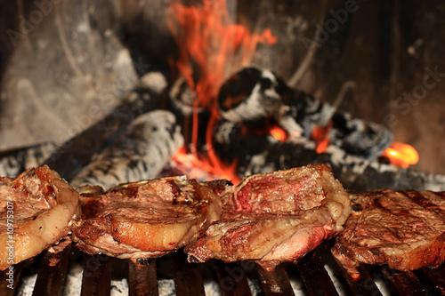 Photo Bistecche alla griglia