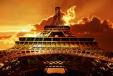 Wieże Eiffela w promieniach słońca