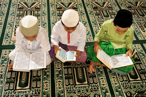 Photo  Islam, Childre Reading Koran