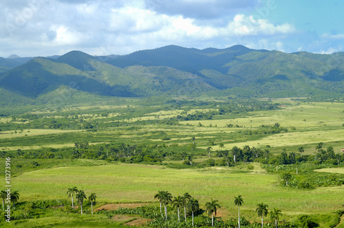 Photo Tropical landscape with mountains