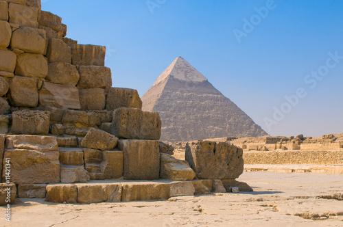 piramidy-w-gizie-kair