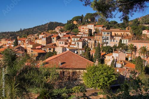 Fotografia  Bormes les mymosas, le village touristique