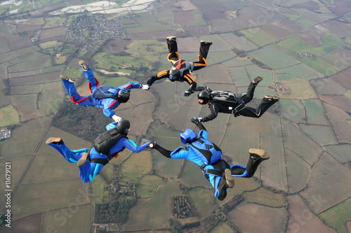 Fotografie, Obraz  Five Skydivers form a star
