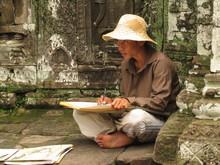 Artiste Peintre Dans Le Temple...