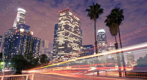 Poster Los Angeles Traffic through Los Angeles (traffic seen as light trails)