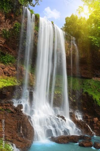 Waterfall © Olga Khoroshunova