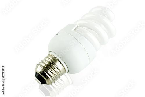La fregatura delle lampadine a basso consumo