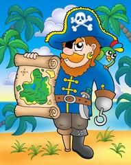 Gusar s mapom blaga na plaži