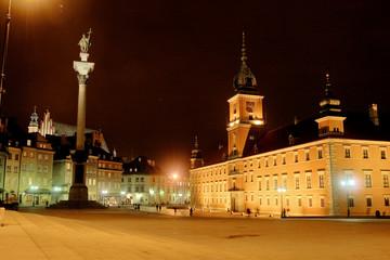 FototapetaRathaus von Warschau bei Nacht