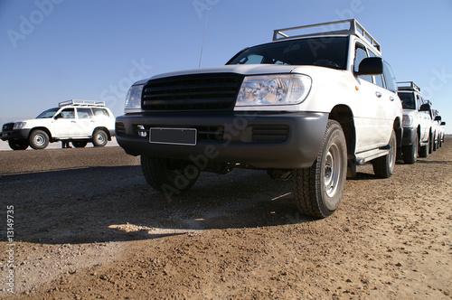 jeepami-przez-4-pustynie-afryki