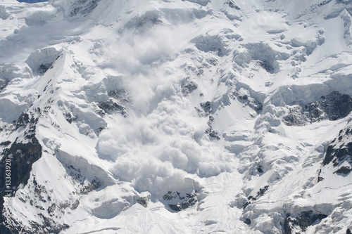 Foto snow avalanche..