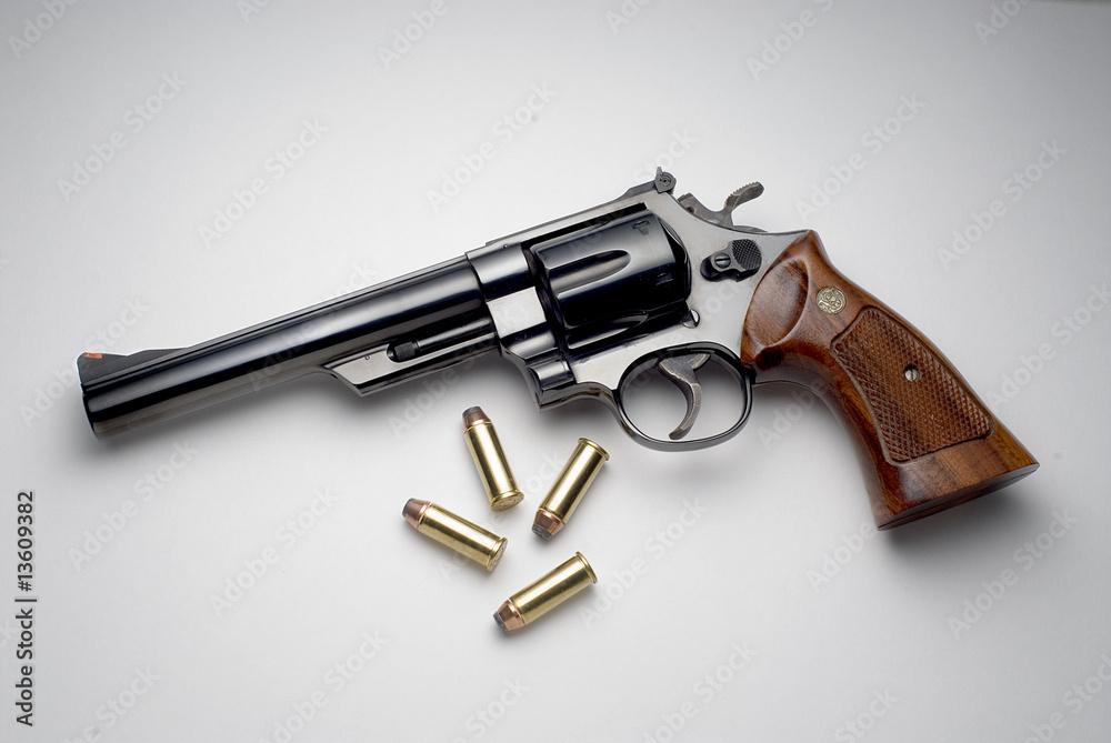Fototapeta 44 magnum revolver