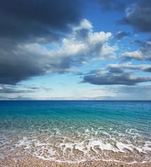 Obraz na Szkle Optyczne powiększenie Nubes de tormenta sobre el mar