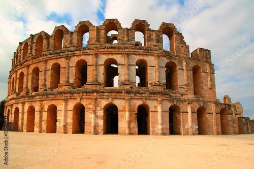 Staande foto Tunesië Coliseum in El Djem Tunisia Africa