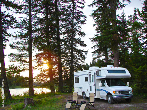 Poster Camping secluded RV campsite