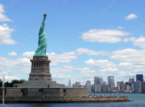 Photo  Freiheitsstatue mit Blick auf Manhattan