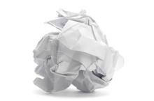 Boulette De Papier Froissé - Image Sur Fond Blanc