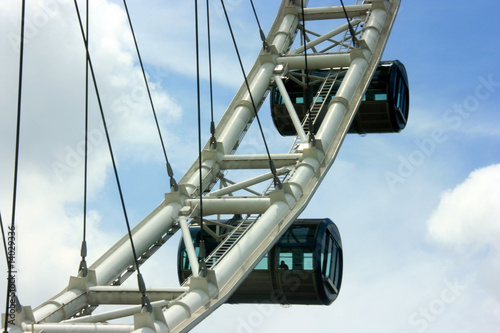 Photo  Singapore flyer a giant observation wheel
