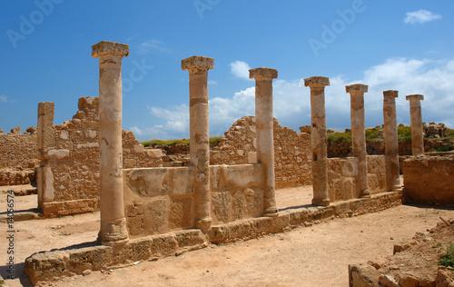 Foto op Canvas Cyprus colonnes antiques de paphos, site archéologique de chypre