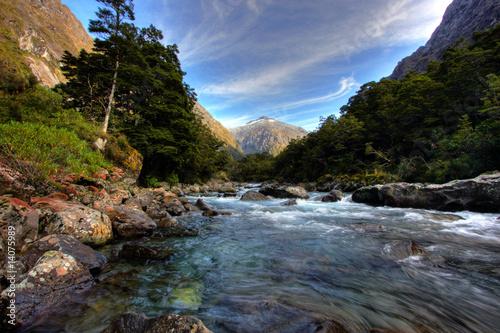 Spoed Foto op Canvas Nieuw Zeeland mountain and river scenery