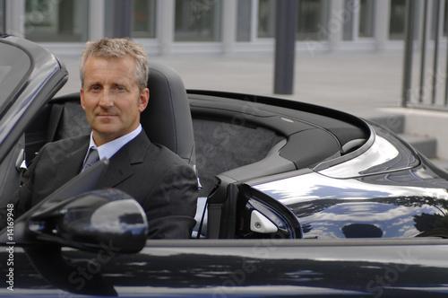 Fotografie, Obraz  businessmann im auto