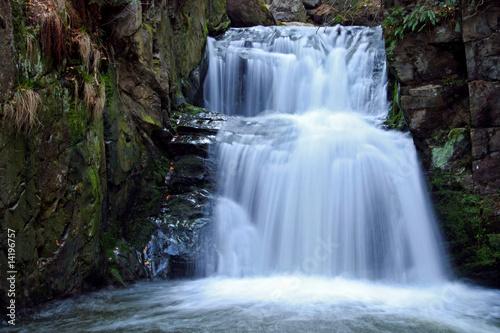 Montage in der Fensternische Wasserfalle Waterfall in Resov